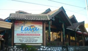 cafe lava hostel bromo